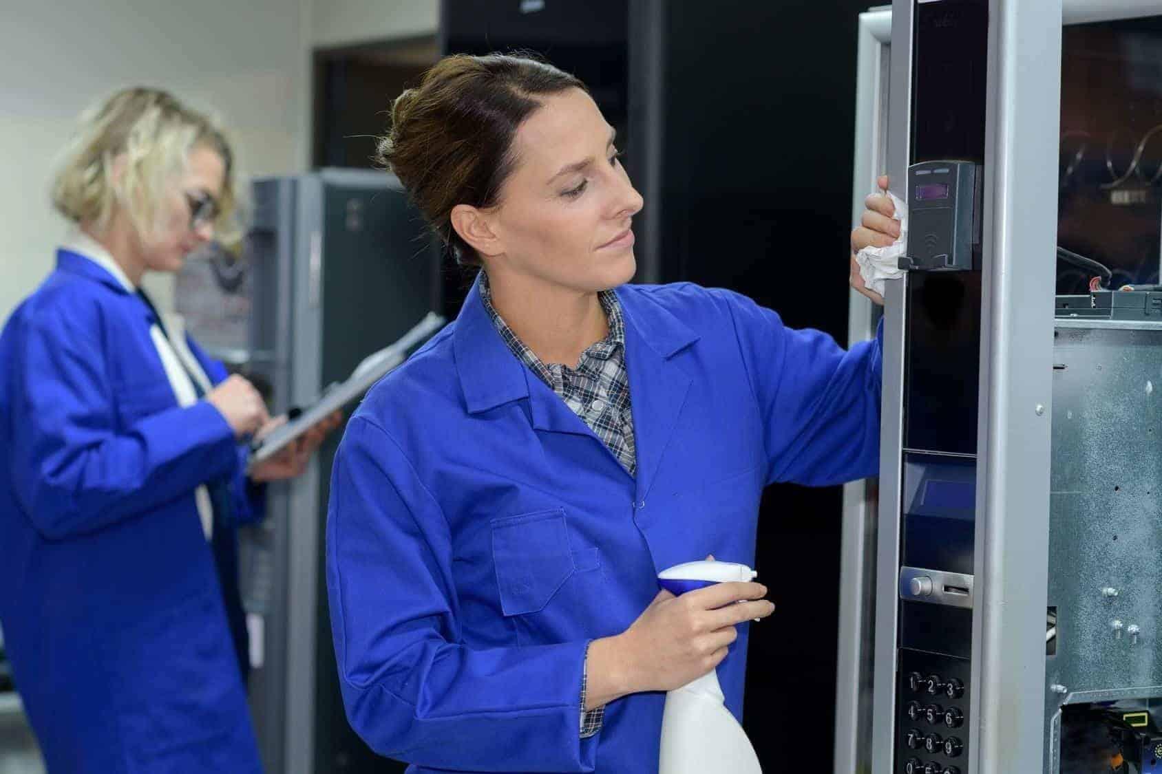 maintenance des distributeurs automatiques est un processus continu